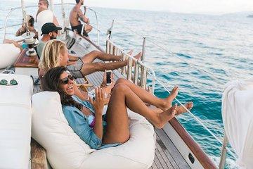 Barcelona Sunset Sailing