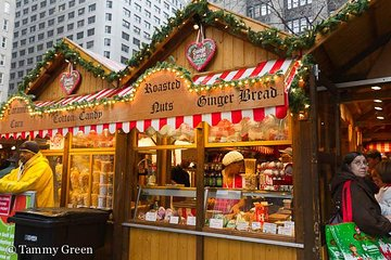 Holiday Hike Chicago-Style: Festive Food & Walking tour