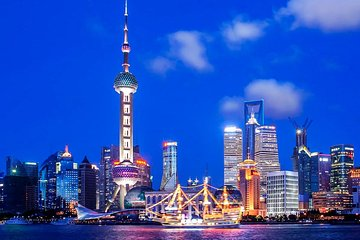 Shanghai Night River Cruise Tour with Xinjiang Style Dining Experience