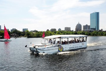 Boston Duck Boat Sightseeing City Tour with Cruise Along Charles River