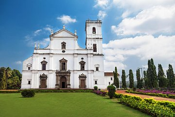 Private Portuguese Heritage Tour: Se Cathedral, Basilica of Bom Jesus and Dona Paula Beach in Goa Tickets