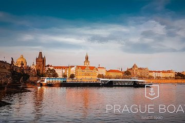 Prague Boats 3-hour Dinner Cruise