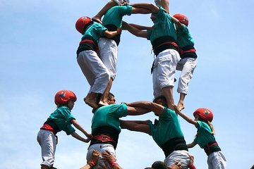 Wine & Cava Tasting and Human Tower Festival from Barcelona -Castellers Heritage