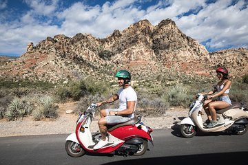 Mopeds For Sale Las Vegas >> Top Las Vegas Vespa Scooter Moped Tours Lowest Price Guaranteed
