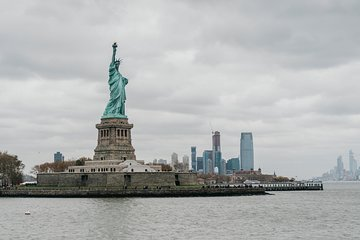 Skip-Line Statue of Liberty & Ellis Island: Tour + Pedestal Ticket Upgrade