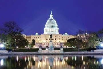 """3-Hour Washington DC """"Monuments By Night"""" Guided Night-Time Sightseeing Bus Tour"""
