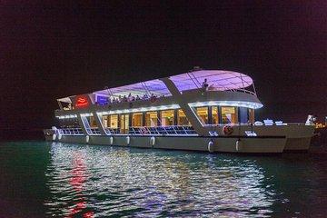 Luxury Dubai Marina Cruise Dinner