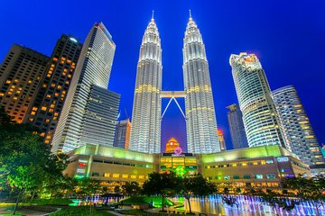 17 or 19 Hrs Kuala Lumpur Flexible Day & Night Car Tour from Singapore