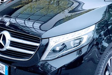 Limo Transfer Venice City hotels to VCE Venice Airport by watertaxi and car