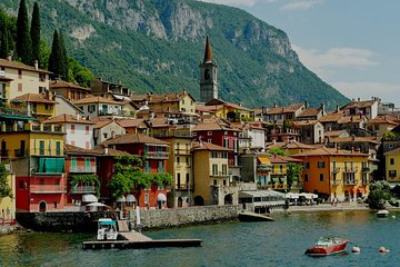 Essential Lake Como, Bellagio and Varenna Tour for Small Group from Milan