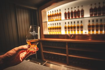 Discover Malt Whisky Small-Group Day Tour from Edinburgh