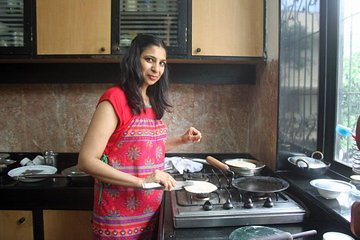 Private Market Tour and Vegetarian Cooking Class in Mumbai Tickets