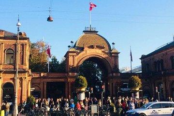 Walking tour - Copenhagen Old Town & Tivoli Park included