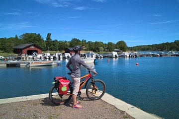 Turku Archipelago E-Bike Tour