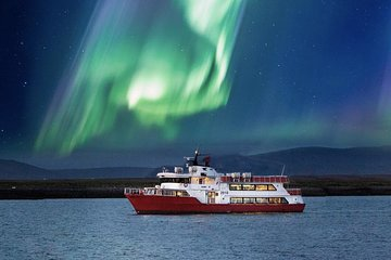Northern Lights Cruise from Downtown Reykjavík