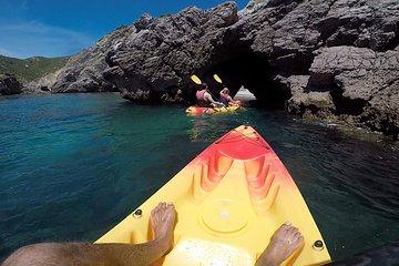 Lisbon Kayak tour to Arrábida beaches - All inclusive