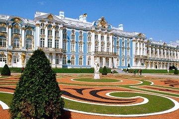 1-Day St Petersburg PRIVATE Excursion to Peterhof & Tsarskoye Selo