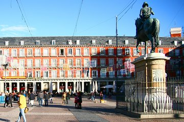 Hapsburgs Madrid and Royal Palace Guided Tour