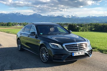 Private Neuschwanstein Tour in Mercedes Sedan S-Class (up to 3 person)
