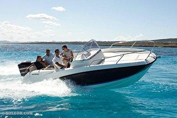 Boat rental Q605 'Helios' (150hp / 7p) - Can Pastilla