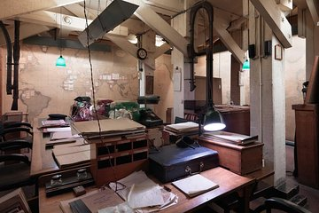 4 Hour Tour Churchill War Rooms and Tower of London (With Private Guide)