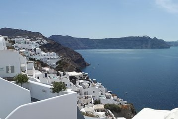 Amazing sightseeing in Santorini