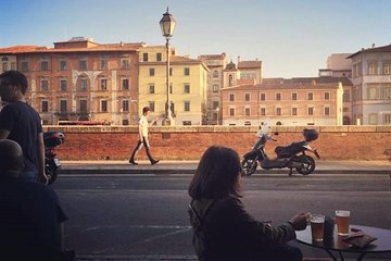 PISA HIGHLIGHTS - 2h walking tour with final aperitivo