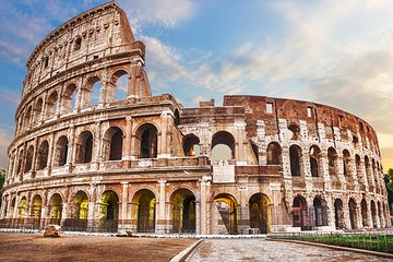 Best of Rome Sightseeing Pass: Vatican and Colosseum with Hosted Entry