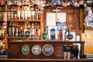 Macau Beer Tour (3 Bars + 10 Landmarks)