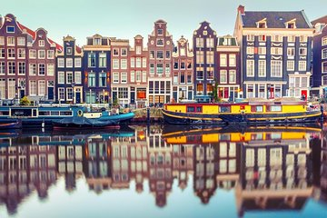 Private airport transfer from Amsterdam Schiphol Airport AMS to the city centre