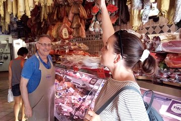 Rome Street Food Tour With a Local Guide Including Pizza, Ice-Cream & Much More!