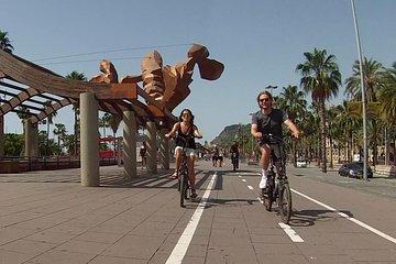 e-Bike ride through Barcelona & Gaudí