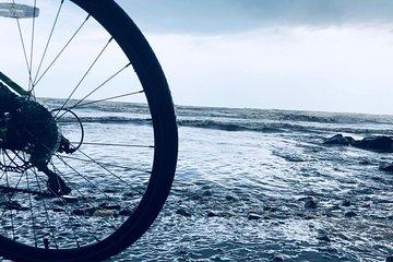 Ride to Golden Pagoda, cycling tour in Mumbai
