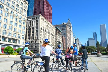 Chicago Bike Tour and Skydeck Ticket