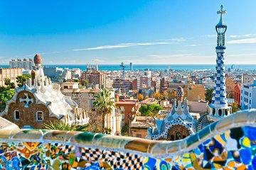 Royalty Barcelona Full Panorama, Gaudi & Sagrada Familia with a Van