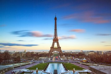 Eiffel Tower Summit Skip the Line Access and Immersive Paris Tour & Cruise