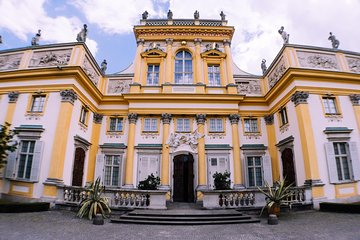 Walking Audio Tour of Wilanów Palace Grounds by VoiceMap