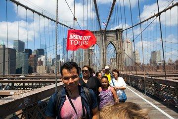 Manhattan to Brooklyn NYC Walking Tour: Brooklyn Bridge and Dumbo