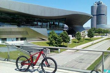 Superior e-bike tour to Munich's tourist attractions