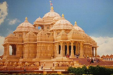Private Delhi Temples and Spiritual Sites Tour