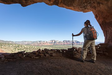 The Sedona Experience - Hiking, Lunch and Wine Tasting (Private Tour)