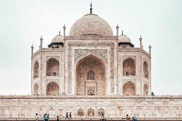 Taj Mahal Agra Tour by Superfast Gatimaan Express Train