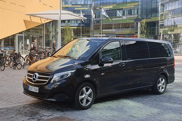 Private sightseeing tour in Helsinki by VIP car 3 hours