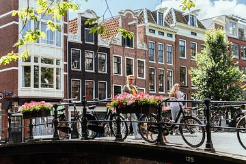 The Essential Amsterdam Private Tour By Bike / E-bike