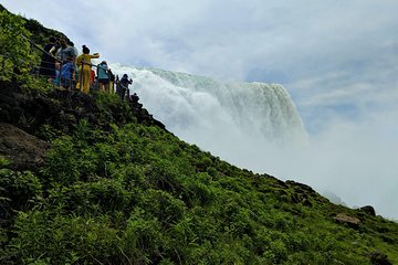 Niagara Falls American-Side Tour with Maid of the Mist Boat Ride