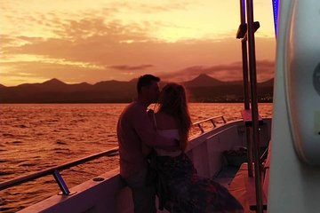 Lanzarote's Best Sunset Cruise With Drinks, Canapes, Champagne Welcome & Music