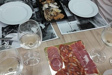 Porto Small-Group Local Food, Wine, and Sweets Tasting Tour