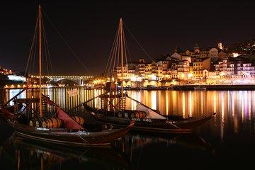 Fado Show with Dinner in Porto