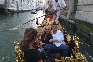 V.I.P Marriage proposal in Gondola