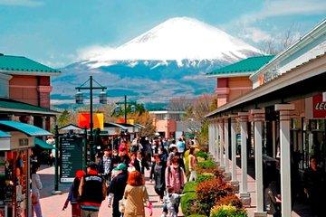 Mt.Fuji, Lake Kawaguchi,Oshino Hakkai and Gotemba Premium Outlets